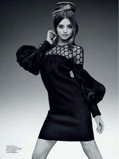Miranda Kerr media gallery on Coolspotters. See photos, videos, and links of Miranda Kerr. Miranda Kerr, World Of Fashion, High Fashion, Womens Fashion, Fashion Art, Magazine Pictures, Mode Editorials, Fashion Editorials, Australian Models