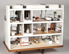 Modern House 1 by Natasha Baradaran and Waldo Fernandez .no, diy, dollhouse, design Miniature Rooms, Miniature Houses, Miniature Furniture, Doll Furniture, Dollhouse Furniture, Mini Houses, Modern Dollhouse, Diy Dollhouse, Dollhouse Miniatures
