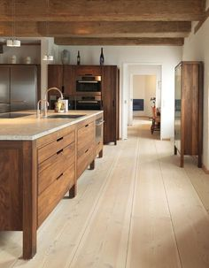 Rustic modern kitchen - Modern rustic kitchen with modern wood cabinets Wood floors by Dinesen desire – Rustic modern kitchen Home Decor Kitchen, Kitchen Interior, New Kitchen, Home Kitchens, Kitchen Dining, Kitchen Ideas, Kitchen Modern, Kitchen Pantry, Design Kitchen