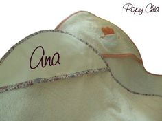 toalla capucha mas info: www.popychia.es
