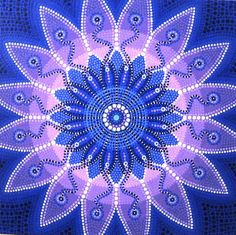 This colourful blue/violet Original Dot Painting is absolutely unique! It is one of my favourite Dot Paintings because I witnessed a very powerful