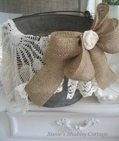 Sissies Shabby Cottage: Bucket and Lamp Shades...
