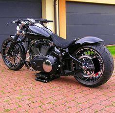 """""""#FXSB #harleybreakout #harleydavidsonmotorcycles #breakoutfriends #harley…"""