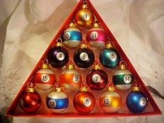 Gong to have to get these! Finally an ornament set that matt can get into ;)