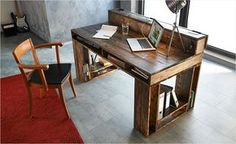 Schreibtisch mit Verstaufunktion bauen                                                                                                                                                                                 Mehr