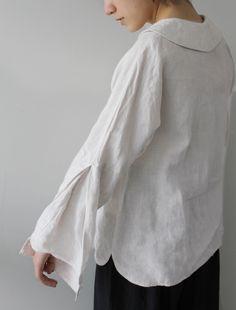 [Envelope Online Shop] Wilma Lisette tops - beautiful sleeve detail