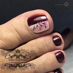 UV gel: the good tips for choosing it - My Nails Pedicure Designs, Pedicure Nail Art, Toe Nail Designs, Toe Nail Art, Pretty Toe Nails, Cute Toe Nails, My Nails, Cute Pedicures, Summer Toe Nails