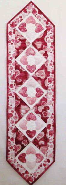 Stonehenge Sweet Hearts Valentine Special Occasions Table Runner Kit