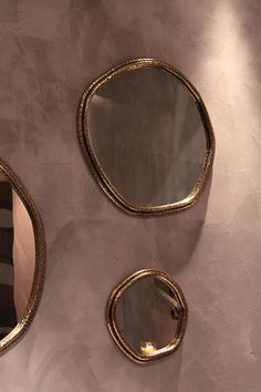 Cute round mirrors by Ginger & Jagger, Munna Design