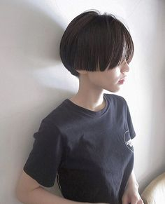 14 Cute Bob Haircuts and Hairstyles Inspired 2019 Mens Hairstyles 2018, Bob Hairstyles, Girl Short Hair, Short Hair Cuts, Corte Pixie, Cute Bob Haircuts, Men's Haircuts, Shot Hair Styles, Pinterest Hair