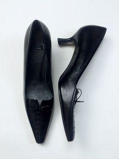 Stuart Weitzman 8AA Black Corset Lace Up Pumps Kitten Heels Pointy Toe Vintage #StuartWeitzman #KittenHeels