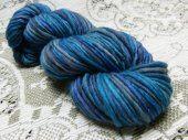 Hand spun yarn - BAFFIN ISLAND II - Worsted Weight Merino 133 yds - Free Shipping in North America  #thecraftstar