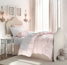 love the slipcover idea & love the bedding combo! I can do this to my childhood bed!