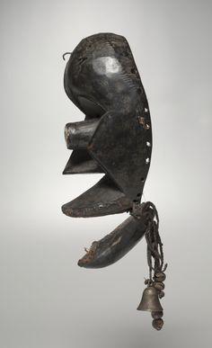 Face Mask | Cleveland Museum of Art.  Dan Mano