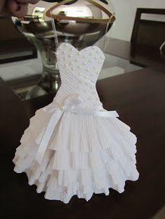 vestido de papel Scrap by Sandra Peres