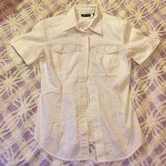 Button down shirt Short sleeve, never worn New York & Company Tops Button Down Shirts