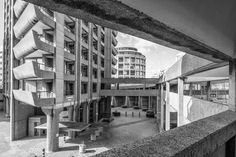 Gallery of AD Classics: The Barbican Estate / Chamberlin, Powell and Bon Architects - 19