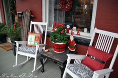 Such a cute porch! :) So many cute ideas all wrapped into one! ;) Christmas Front Porch