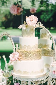 Coordinator & Styling: Ellis Wedding Shows | Cake: Cakes by Little Black Cat | Photography & Styling: Saz Chapman Photography