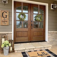 Rustic Farmhouse Front Porch Decorating Ideas - If you are looking for front porch ideas that will make your porch the envy of your neighborhood, then I have three inspiring ideas here. Two are fron. Farmhouse Front Porches, Rustic Farmhouse, Farmhouse Style, Farmhouse Homes, Country Style, French Country, Veranda Design, Front Porch Design, Building A Porch