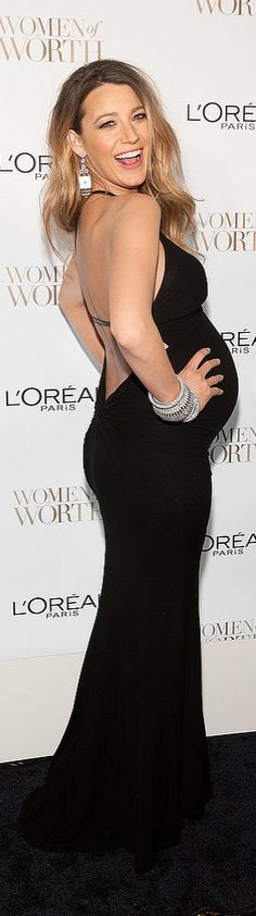 Blake Lively's maternity looks just keep getting better and better! October 2014.