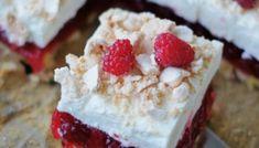 Cytrynowy puch z malinami – Najlepsze Smakołyki Fresh Fruit Desserts, Summer Desserts, Easy Desserts, Delicious Desserts, Dessert Recipes, Dessert Food, Yummy Treats, Yummy Food, Shortcake Biscuits