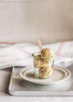 Receta tradicional de helado de turrón con fotos paso a paso, de turrón de Jijona, con consejos y trucos para que salga perfecto