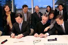 Fred Hutch, China partner to collect samples of all types of cancer - New tumor tissue repository will 'open the flood gates' for research. Dr. Steve Self, Dr. Yongping Song and Dr. Xin Sun