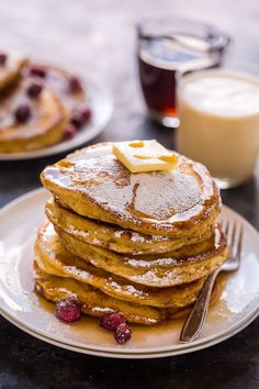 Fluffy and flavorful eggnog pancakes! These are so easy and perfect for Christmas morning! #Christmas #Eggnog #Eggnogpancakes #pancakes #breakfast #Christmasbreakfast #eggnogrecipes Pumpkin Pancakes, Pancakes And Waffles, Pancake Muffins, Breakfast Pancakes, Cheap Clean Eating, Clean Eating Snacks, Christmas Breakfast, Christmas Morning, Brunch Recipes