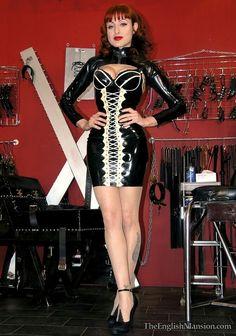 Red head milf black white rubber dress