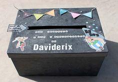 Urne pour un anniversaire, thème Astérix Decoration, Toy Chest, Party Themes, Blog, David, Toys, Birthday, Stop It, Birthday Box