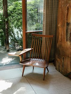 George Nakashima via the blue hour Trendy Furniture, Wood Furniture, Furniture Design, Muebles Art Deco, George Nakashima, Love Chair, Interior Decorating, Interior Design, Take A Seat