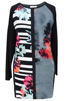 Aldona tunika oversize czarna patchwork / Aldona oversize black patchwork tunic #tunic #patchwork #fashion #outlet #shopnow