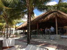 #SecretsAura #Cozumel enjoy #BeachFront dining daily while you enjoy the sounds of the #Ocean.....see you in 25 days