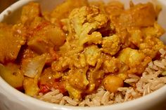 (Vegan) Aloo Gobi. Indian food addict. Cauliflower + potatoes = happiness?