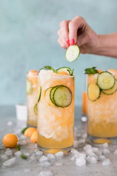 These Cucumber Melon Gin Spritzers are the most refreshing summer cocktail! They're made with a cantaloupe simple syrup, fresh mint, sliced cucumber, gin of course, and a splash of soda water! #cocktail #gin #summercocktail Refreshing Summer Cocktails, Cocktails For Parties, Easy Cocktails, Popular Cocktails, Fun Drinks, Yummy Drinks, Aperitif Cocktails, Gin Cocktail Recipes, Cocktail Ideas
