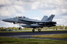 RAAF F/A-18F Super Hornet Aircraft Parts, Fighter Aircraft, Fighter Jets, Royal Australian Navy, Royal Australian Air Force, Us Military Aircraft, Australian Defence Force, Hornet, Aviation