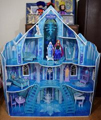 Disney Frozen Snowflake Mansion by KidKraft - Fully Assembled - Classic Elsa in Bed and Classic Anna on Balcony (drj1828) Tags: snowflake anna castle classic ice toy frozen doll palace costco mansion elsa disneystore dollhouse 12inch assembled kidkraft