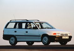 Opel Astra GL Caravan F (1991 - 1994). Caravan, Cars, Vehicles, Evolution, Cars Motorcycles, Patterns, Antique Cars, Autos, Car