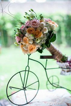 Bouquet Fernanda por Katia Criscuolo #casamento #wedding #bouquetdecasamento #weddingbouquet #beachwedding #inspirationwedding #flores #flowers