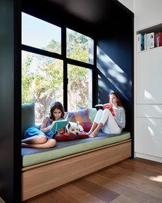 Victorian Style House in Melbourne Gets an Elegant Refresh 8 Home Room Design, Interior Design Living Room, House Design, Contemporary Windows, Modern Contemporary, Bedroom Windows, House Windows, Window Design, Modern Family