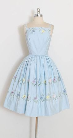 vintage dress * beautiful sky blue cotton dress * colorful embroidery * polished cotton * tulle skirt lining * metal back zipper * full skirt * by LAiglon condition Trendy Dresses, Cute Dresses, Beautiful Dresses, Casual Dresses, Fashion Dresses, Beautiful Sky, Formal Dresses, Retro Outfits, Vintage Outfits