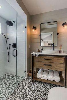 Badezimmer Dusche Awesome farmhouse bathroom tile remodeling shower ideas (walk-in shower) Walk In Shower Designs, Modern Sconces, Bath Remodel, Shower Remodel, Budget Bathroom Remodel, Restroom Remodel, Bathroom Interior Design, Bathroom Designs, Kitchen Interior