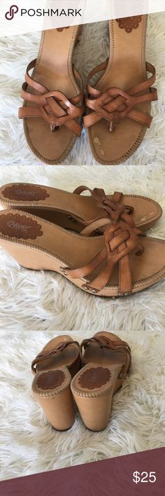 Carlos Santana tan sandals Preowned in good condition there is some peeling on the inside but when the sandals are worn it's barely noticeable these are nice shoes heel size is 3 1/2 inches sandals were made in Brazil Carlos Santana Shoes Sandals