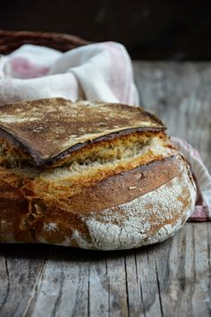 Pain de seigle au levain – Basic Homemade Bread Recipe – The healthiest bread to make? Bread Machine Recipes Healthy, Rye Bread Recipes, Baking Recipes, Cooking Bread, Bread Baking, Pan Bread, Sourdough Rye Bread, Levain Bakery, Dinner Bread
