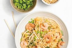 Ricardo's Shrimp Pad Thai is quick, easy and a great meal to enjoy with the family.