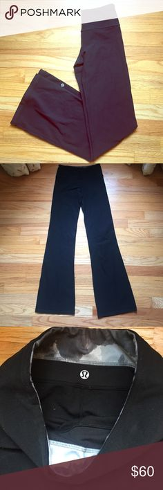 """Black Lululemon pants Great condition. Tag was removed for comfort. Inseam: 28.5"""" lululemon athletica Pants Track Pants & Joggers"""
