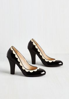 Petal Me This Heel in Noir. Inexplicably adorable and mysteriously posh, these glossy black pumps are your playful go-to. #black #modcloth
