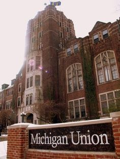 """Chronicle of Higher Education """"Best Colleges to Work For"""" 