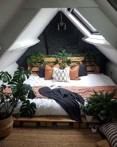 Bohemian Style Ideas For Bedroom Decor Design floor furnishing bedroomdesig .Bohemian Style Ideas For Bedroom Decor Design Home Decor bedroomdesignminimalist Bohemian Style Ideas For Bedroom Decor Design Home Tiny House Design Ideas That Inspire Dream Rooms, Dream Bedroom, Room Decor Bedroom, Home Bedroom, Bedroom Inspo, Fantasy Bedroom, Design Bedroom, Attic Bedroom Designs, Modern Bedroom